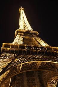 Foto Noturna Torre Eiffel